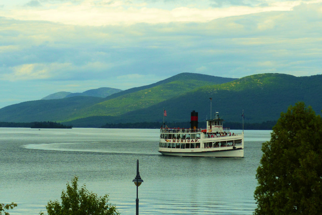 Cruisin' Lake George - Scenic Boat Cruise**