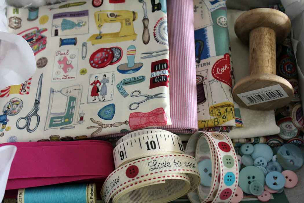 14 Fab Sewing Gifts for Valentine's Day