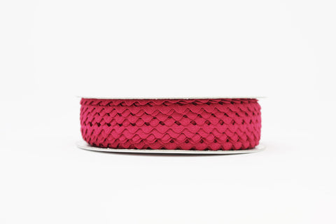 7mm Ric Rac Trim - Fuchsia