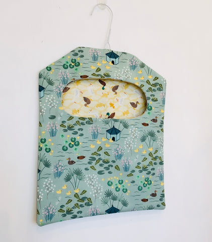 Hanging Wired Peg Bag - PDF pattern