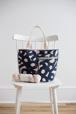 Noodlehead Sewing Pattern - Crescent Tote