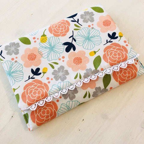 Foldover Clutch with Trim - PDF pattern