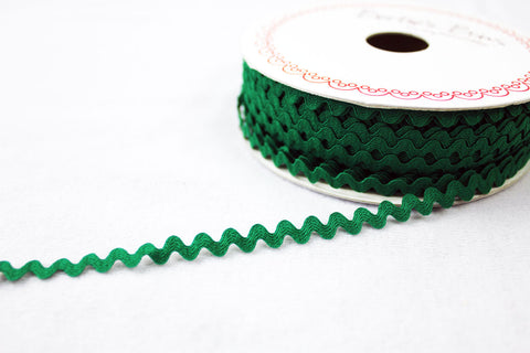 7mm Ric Rac Trim - Emerald Green