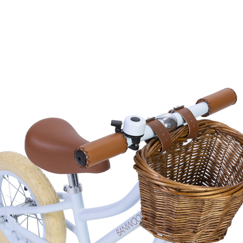 Banwood Bike in Sky with brown wicker basket and brown handles