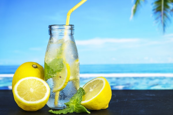 The 5 True Benefits Of Drinking Infused Water