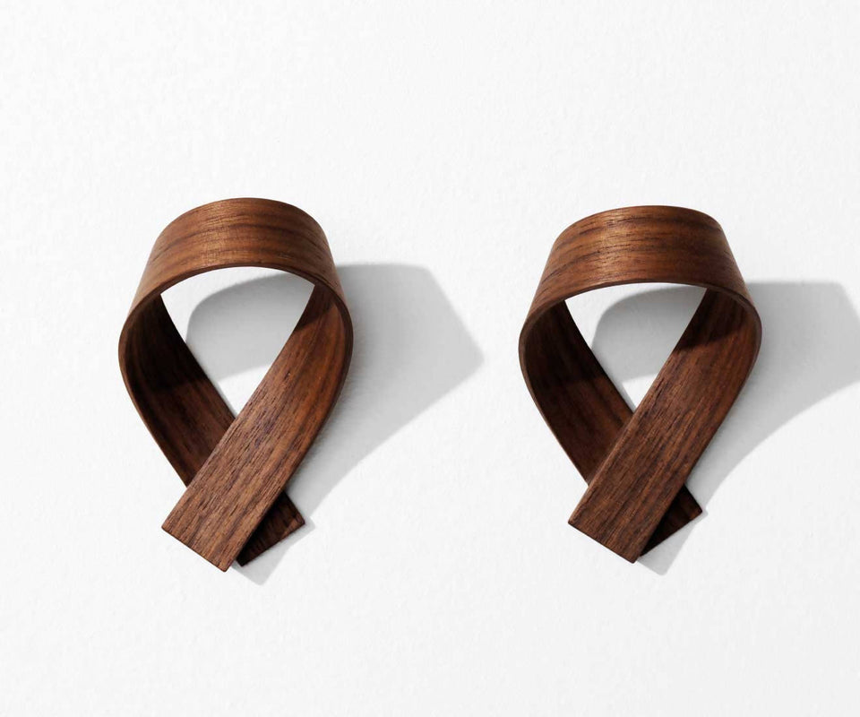 RIBBON coat hook, walnut