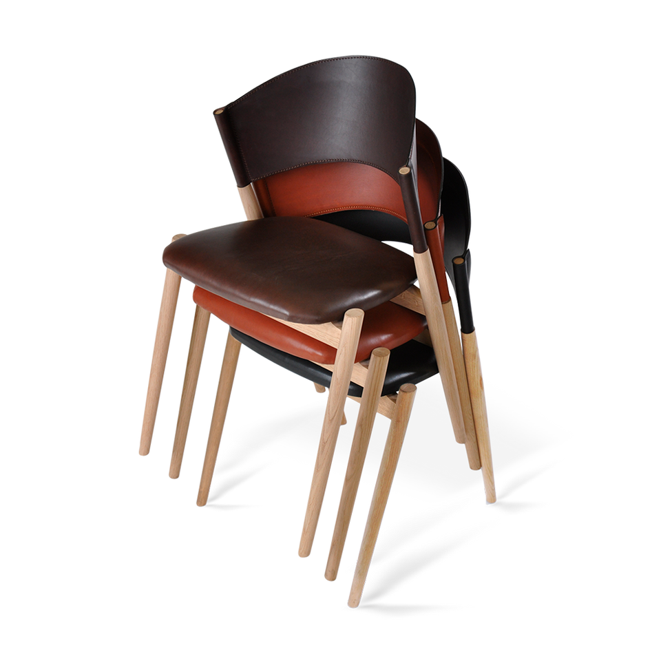 A chair Mocca