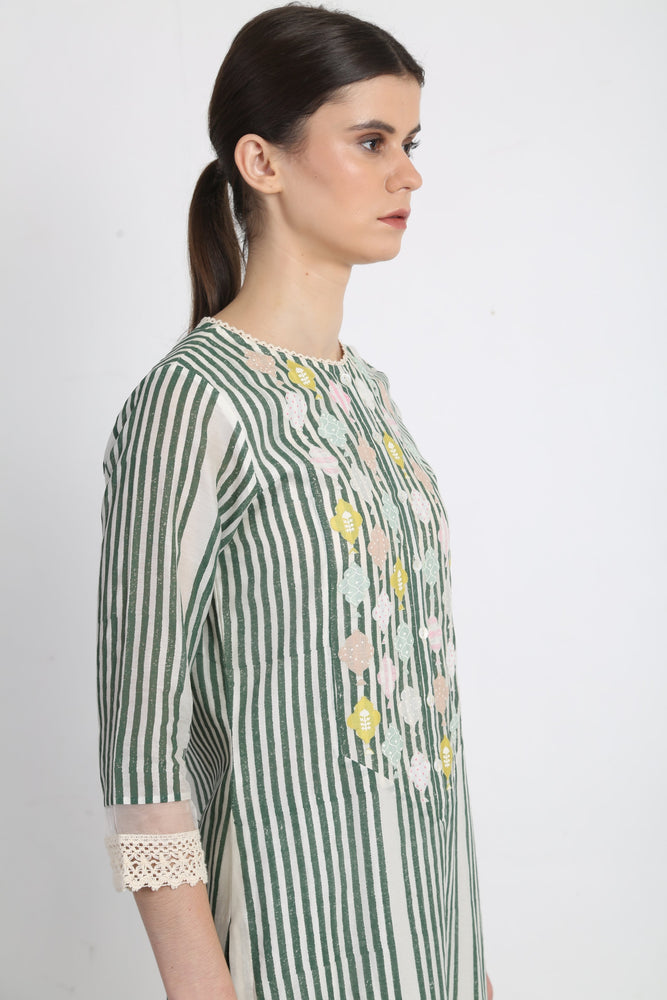 Green Applique Detail Stripes Tunic With Stripe Pants