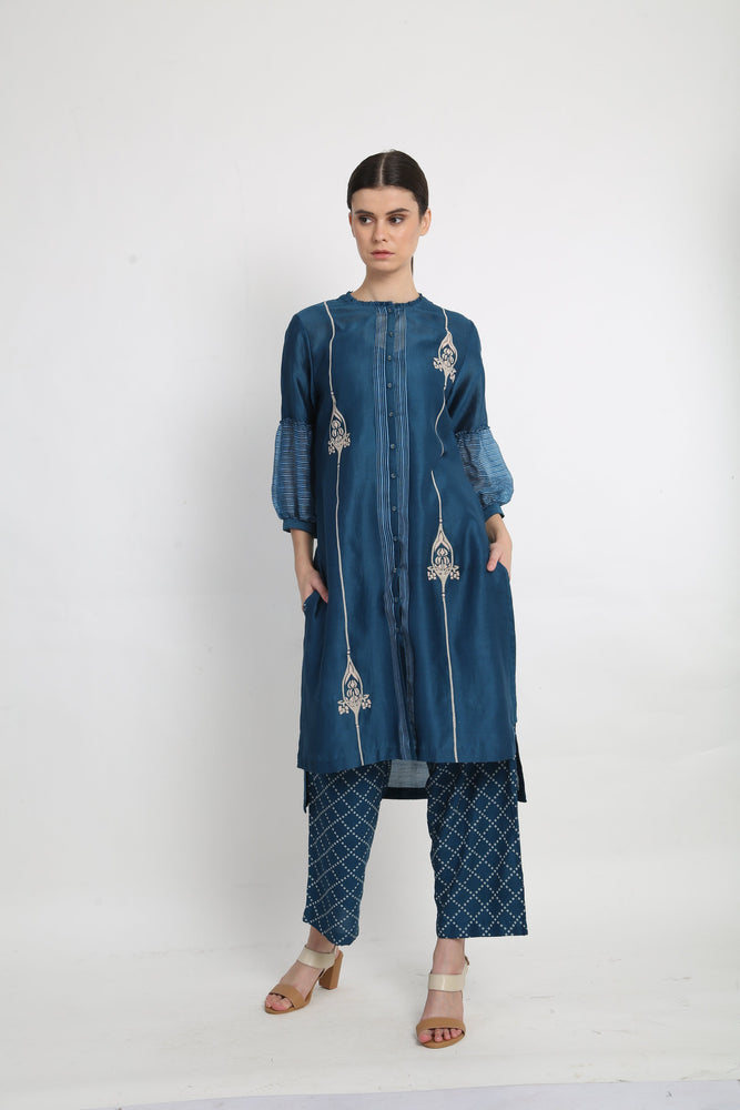 Blue Applique Detail Tunic With Printed Pants