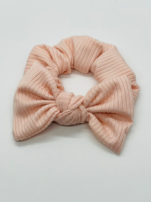 Pink Ribbed Scrunchie
