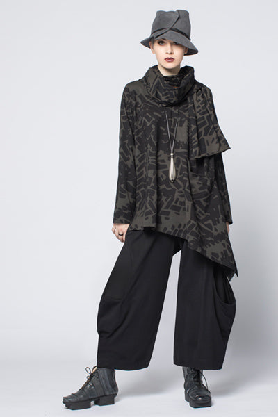 Shown w/ Meteor Pant and Tokyo Scarf