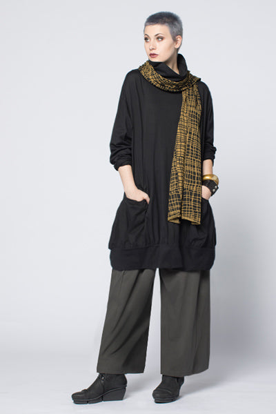 Shown w/ Bubble Top and Tokyo Scarf