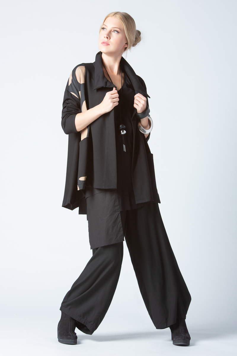 Shown w/ One Pocket Top and Cascade Pant