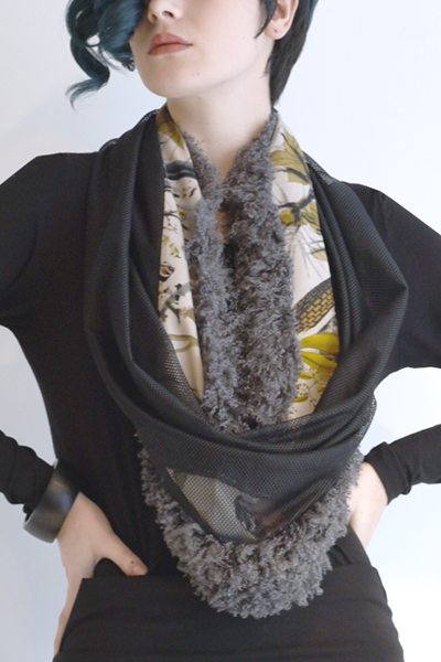 Art Point Botanical Circle Scarf in Botanical/Grey Combi