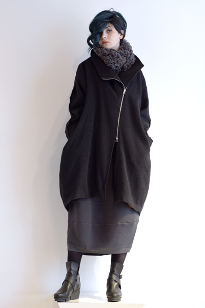 Art Point Wool Coat in AP Black