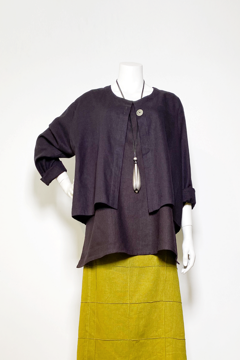 Crop Jacket in Aubergine Roma