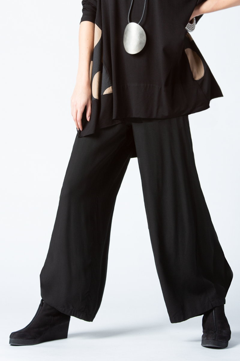 Cascade Pant in Black Boston