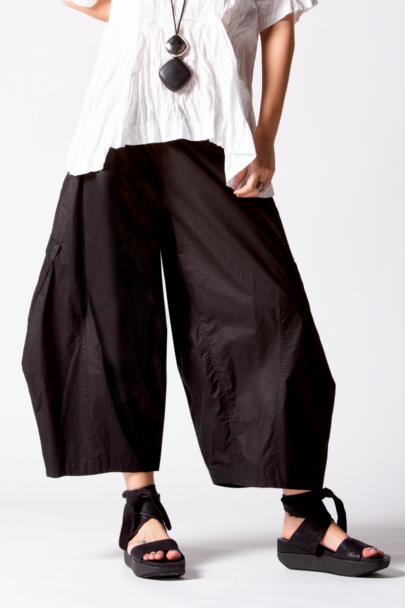 Albany Pant in Black Carnaby