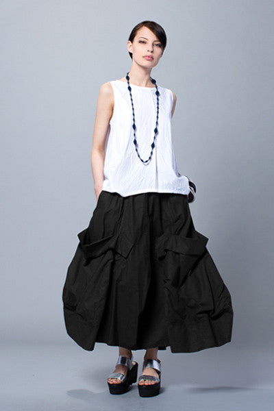 Giant Pocket Skirt in Black Carnaby