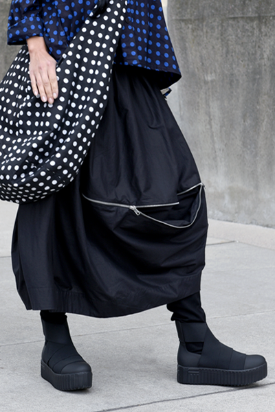 Sonoma Skirt in Black Carnaby