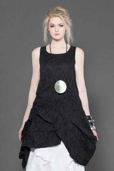 Jupiter Dress in Black Carnaby