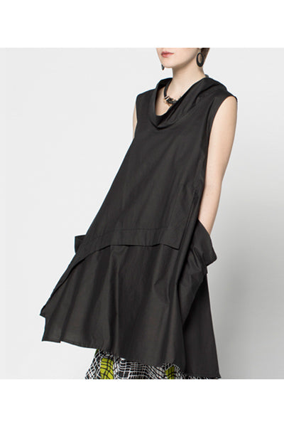 Oslo Dress in Black Carnaby