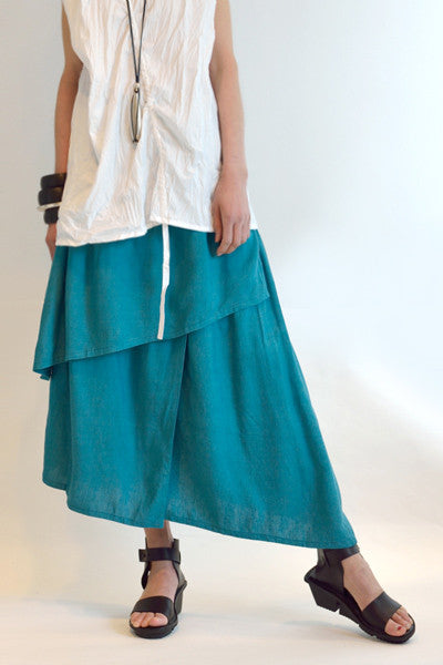 Asymmetric Skirt in Capri Papyrus