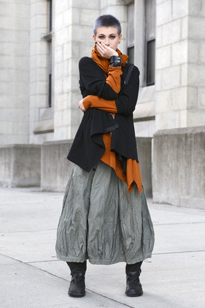 Shown w/ Side Zip Jacket, Fab Skirt, and Tokyo Scarf