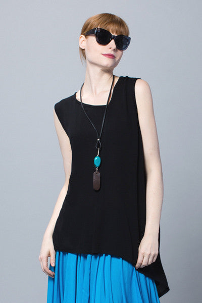 Kura Top in Black Crinkle