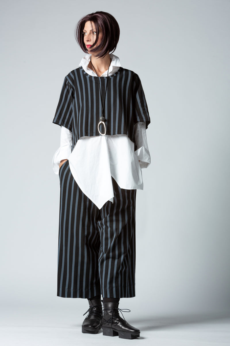 Shown w/ Sydney Top and Stripe Pant