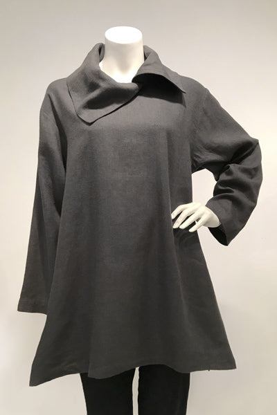 Zipper Top in Charcoal Roma