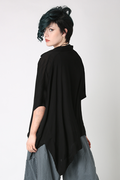 Biarritz Top in Black Delphi
