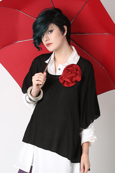 Melbourne Top in Black Delphi