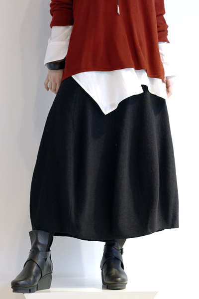 EC Ike Skirt in EC Black