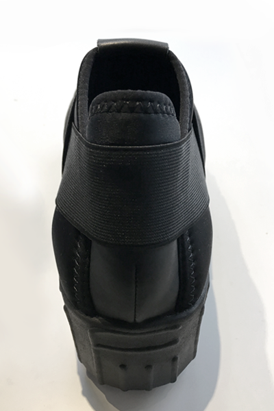 Fessura Hi-Line Shoe in Black