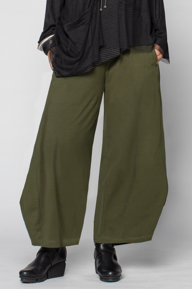 Cascade Pant in Forest Tokyo