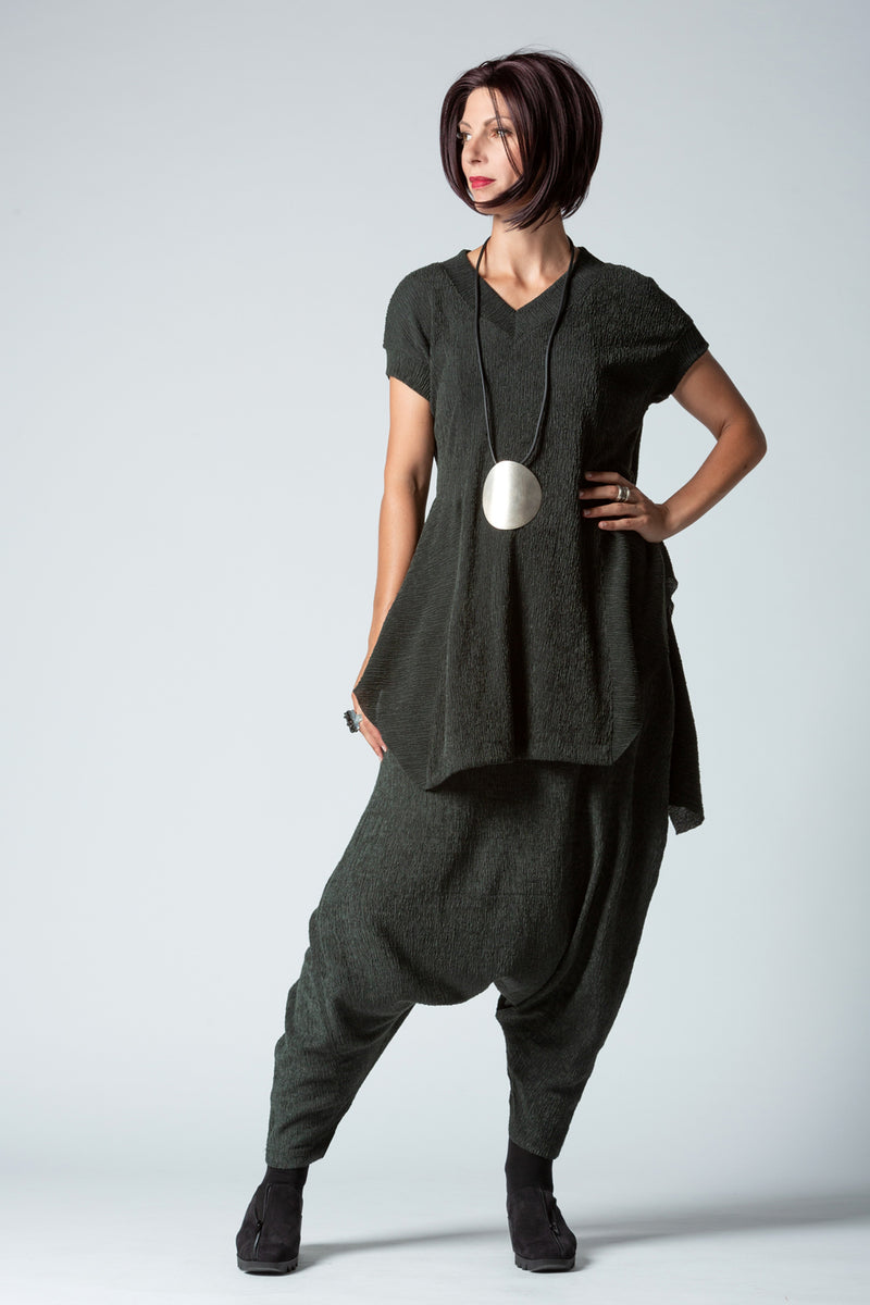 Shown w/ Gershon Riga Tunic