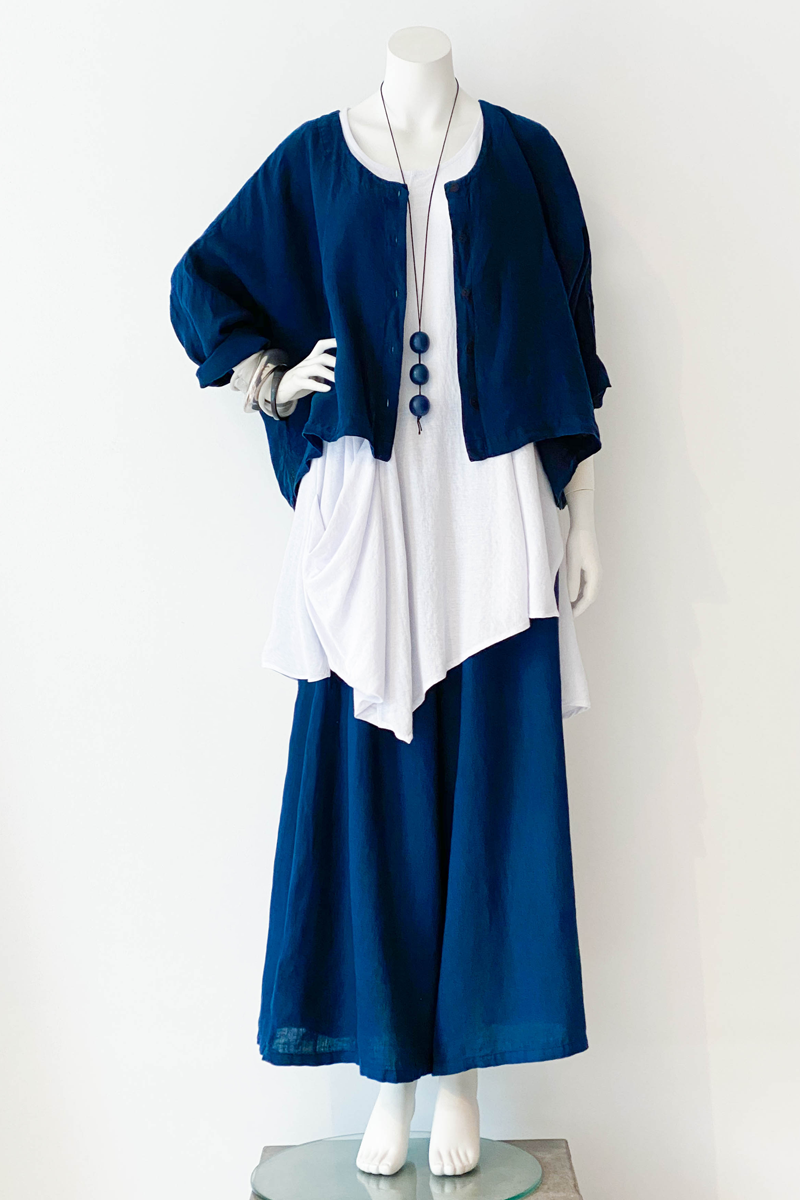 Shown w/ Tasca Top and Wide Pant