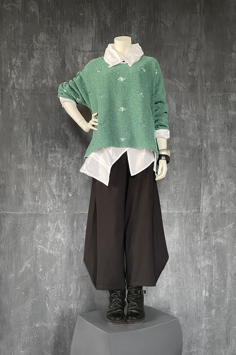 Shown w/ Vienna Shirt and Cascade Pant