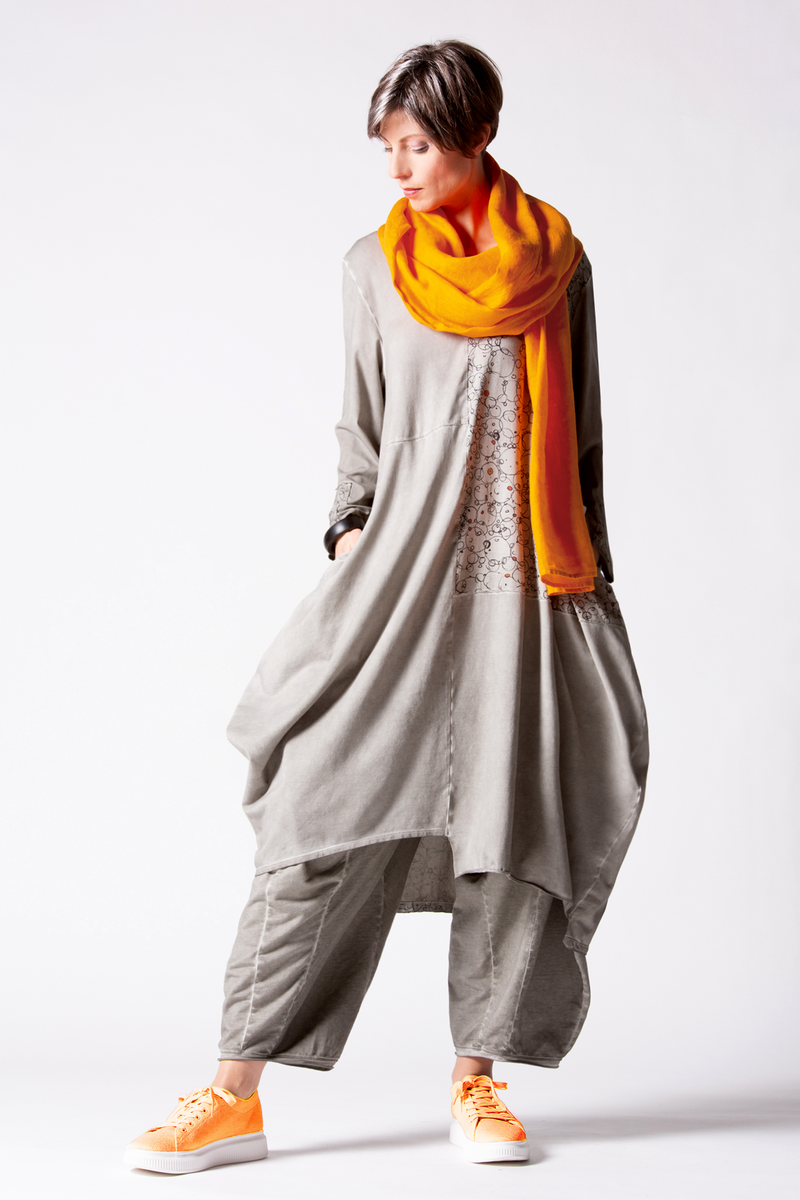 Shown w/ Harper Pant and Linen Scarf