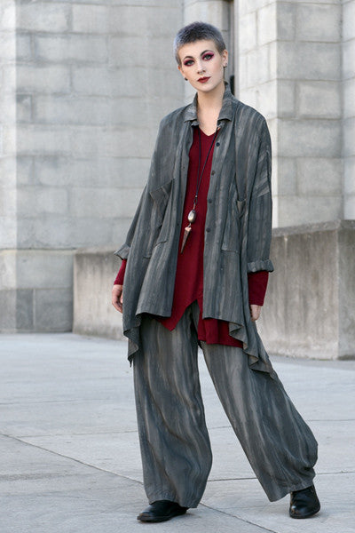 Shown w/ Vino Top and Cascade Pant