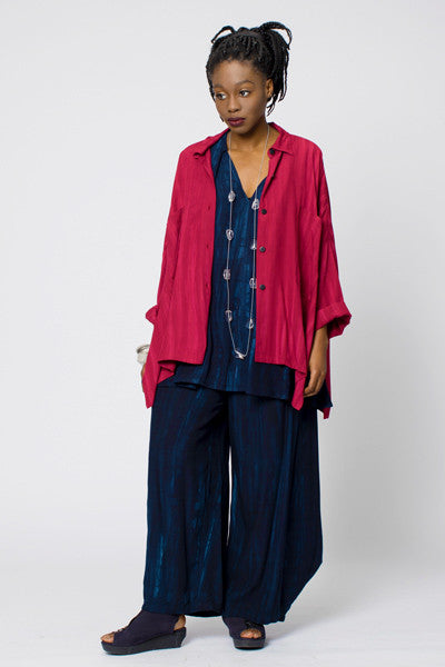 Shown w/ Cascade Pant and Wide Shirt
