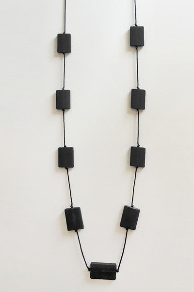 Bloc Necklace in Black Resin