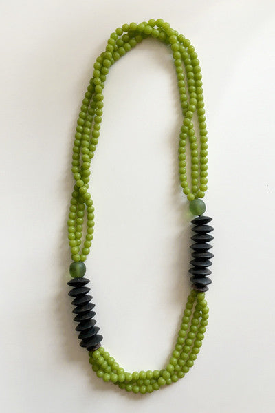 Tate Modern Necklace in Green/Wood