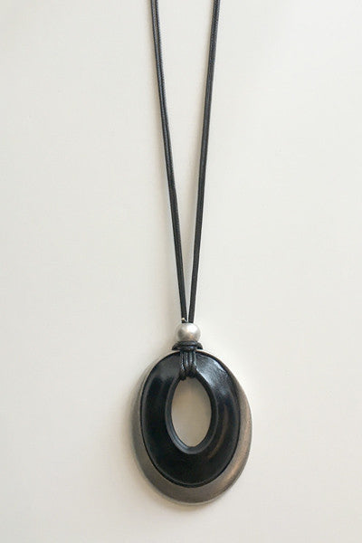 Leather Oval Necklace in Silver Tone