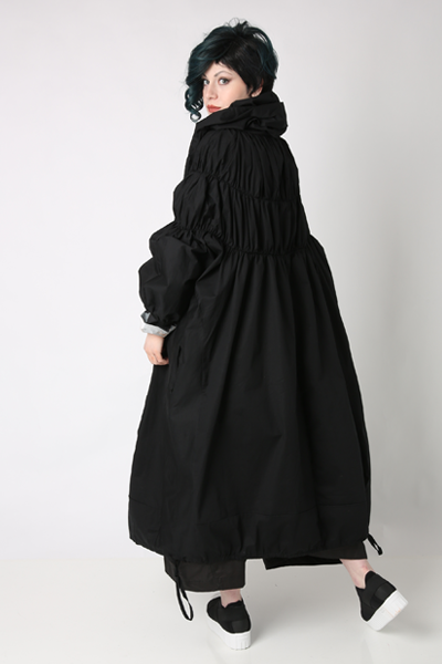 Aha Coat in Black Carnaby