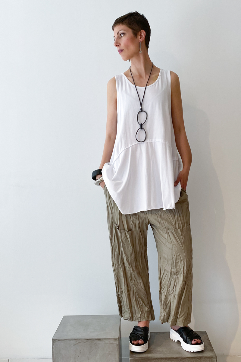 Shown w/ Twisted Pocket Pant