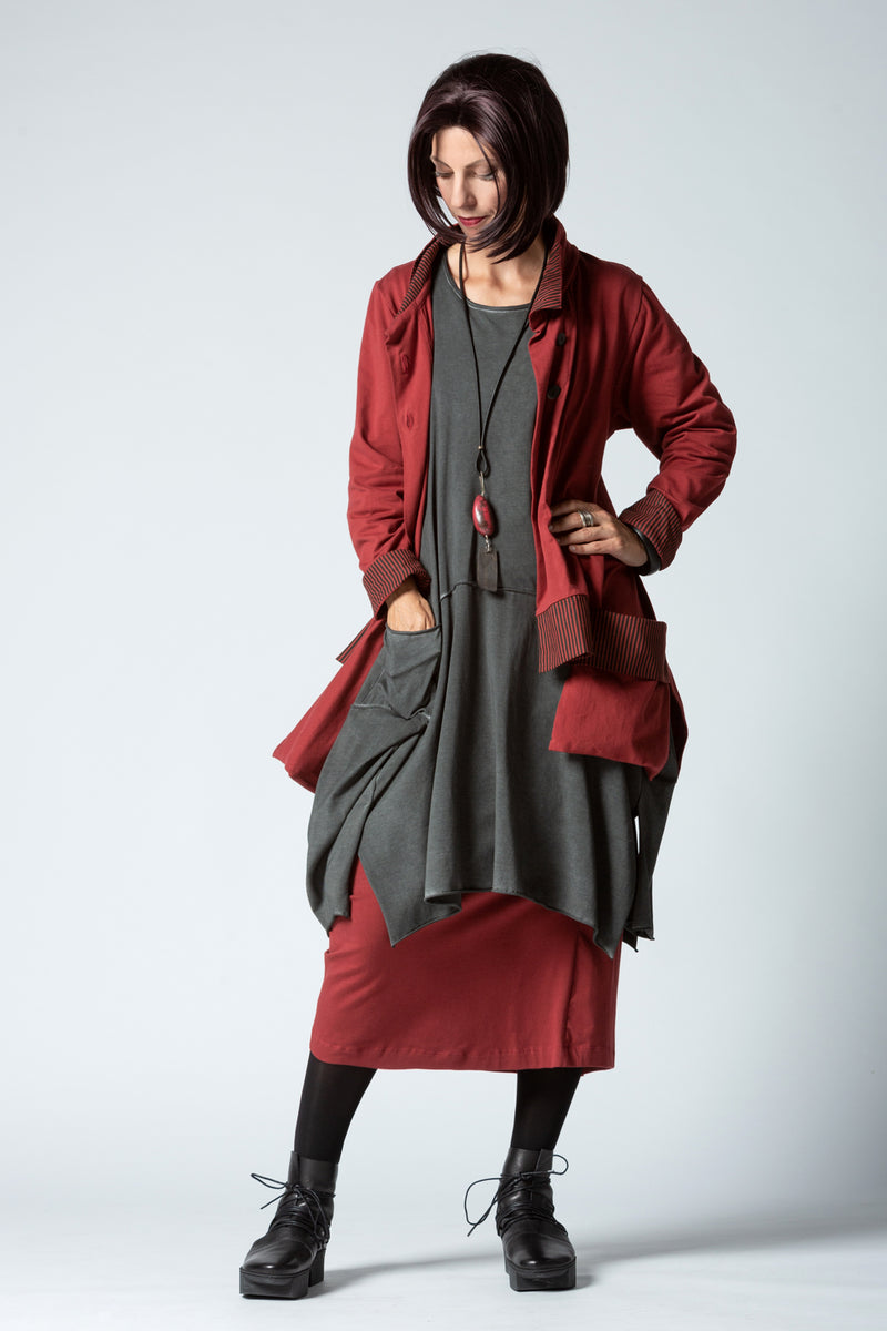 Shown w/ Escape Skirt and Pockets Jacket