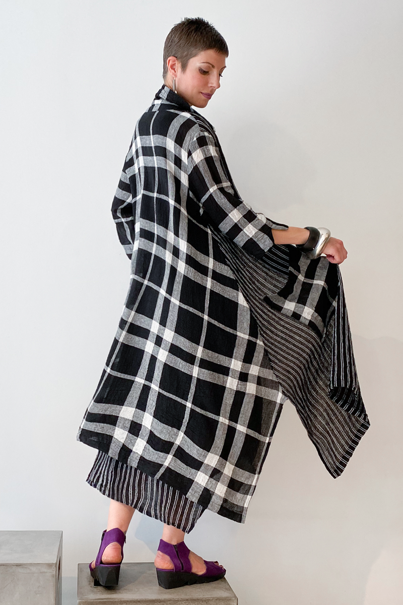 LUUKAA Plaid Long Coat in B&W Mix