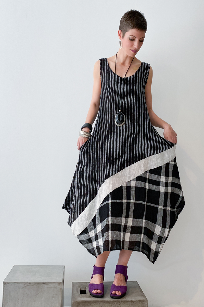 LUUKAA Plaid Dress in B&W Mix